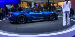 2015 Auto Show shines light on Detroit