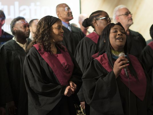 300 graduate from Detroit rescue mission program