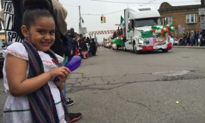 Crowds celebrate Cinco de Mayo at parade in Detroit