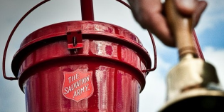 The Salvation Army to kick off 2016 Red Kettle Campaign in conjunction with the city of Detroit Christmas tree lighting