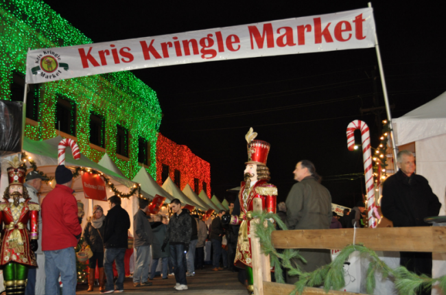 Experience the European Essence of the Kris Kringle Market in Downtown Rochester